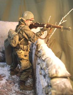 Cold War (Post WW2 to 1990) ~BAND of BROTHERS~Private First David Kenyon Webster. - OSW: One Sixth Warrior Forum Military Diorama, Military Art, American Soldiers, Toy Soldiers, Scale Model Ships, Scale Models, Gi Joe, Ddr Museum, Military Action Figures