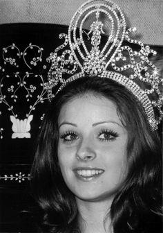 Amparo Munoz, Miss Universe 1974 (Spain)