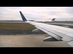 Delta Airlines Boeing 737-800 Taxi & Takeoff from Atlanta Hartsfield Int...