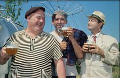 "Поход мужа с друзьями ""на пиво"" полезен для семейной жизни - психологи  http://joinfo.ua/sociaty/1196587_Pohod-muzha-druzyami-na-pivo-polezen-semeynoy.html"