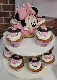 Minnie Cupcakes by Violeta Glace