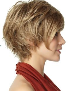 Short shag hairstyle for fine, thin hair.