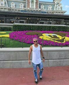 Orlando, Facebook, Disney, Lisbon, Orlando Florida, Disney Art