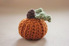 Teeny Tiny Crochet Pumpkin Pattern Time to start those fall and Halloween patterns!!