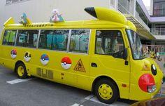 Autobuses Escolares en Japón - Pikachu