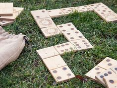 Snake Eyes Dominoes are Made in the USA with solid wood to last for years. A drawstring jute bag makes it easy to take with you so you can play fun and versatile yard games anywhere.