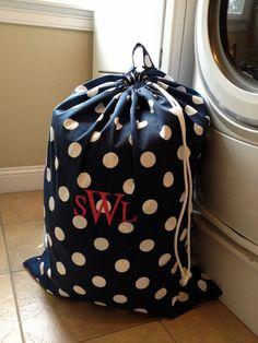 Monogrammed Laundry Bag Extra large von pillowpress auf Etsy, $34.00