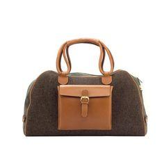 Luxury Harringbone Sartorial with Camo Flannel Sartorial Travel Duffle Bag - De Best Fit Duffle Bag Travel, Duffel Bag, Mens Luggage, Garment Bags, Green Fabric, Leather Fabric, Calves, Flannel, Camo