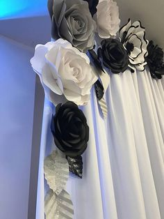 Paper Flower Backdrop / Giant Paper Flowers Wall / Paper