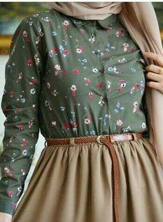 Skirt hijab casual for women 16 Ideas – Hijab Fashion 2020 Hijab Casual, Casual Skirt Outfits, Hijab Chic, Women's Casual, Modern Hijab Fashion, Muslim Fashion, Modest Fashion, Fashion Outfits, Emo Fashion