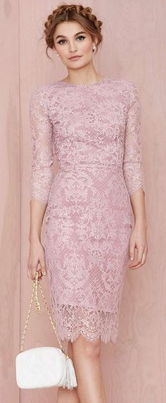 Sophisticated Style| Pink pencil dress: