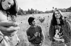 The very first Nirvana photo shoot, 1988.Kurt Cobain was only 21 years old.