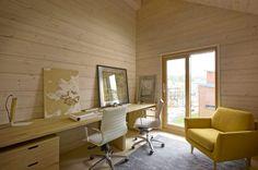 Haus Savukvartsi von Honkarakenne in Vantaa, Finnland Duplex House, Ground Floor Plan, Beautiful Interior Design, Log Homes, Cladding, Contemporary Style, Interior And Exterior, Home Office, House Design