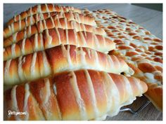 Hot Dog Buns, Hot Dogs, Garlic Bread, Food And Drink, Cheese, Cake, Recipes, Kitchen, Hungarian Recipes