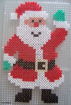 Perler Bead Designs, Hama Beads Design, Diy Perler Beads, Perler Bead Art, Melty Bead Patterns, Hama Beads Patterns, Beading Patterns, Christmas Perler Beads, Xmas Cross Stitch