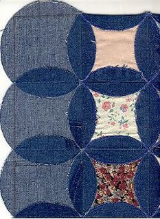 Quilt Inspiration: Faux cathedral windows from denim jeans Three weeks ago we wrote our first post about Jeans Therapy (quilts from recycled denim). Today we are finishing the series with a wonderfu. Denim Quilt Patterns, Denim Quilts, Blue Jean Quilts, Quilting Patterns, Bag Patterns, Circle Quilt Patterns, Circle Pattern, Quilting Ideas, Sewing Patterns