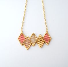 Collier scandinave losanges en perles Miyuki ★ or Gold filled : Collier par lili-azalee-bijoux