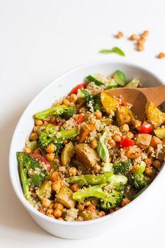 Quinoa with roasted veggiesand chickpeas