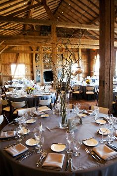 Colorado Rockies rustic reception decor (photo: Two One Photography)
