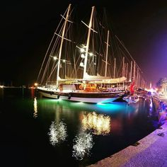 Night in the harbour with www.turkeyguletcharter.com