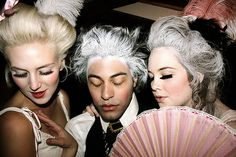 I wish everyone looked like this everyday. Marie Antoinette inspired. <3