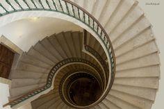 Fotografía Triple escalera helicoidal desde arriba por Raquel López Rodríguez en 500px