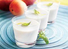 Basil Lemon Panna Cotta - 5 ingredients, and it's gluten-free and sugar-free! Basil Recipes, No Dairy Recipes, Milk Recipes, Desserts Rafraîchissants, Dessert Recipes, Refreshing Desserts, Delicious Desserts, Lemon Panna Cotta, Silky Pudding