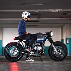 Bmw motorcycle enduro cafe racers new ideas Bmw Cafe Racer, Moto Cafe, Custom Cafe Racer, Cafe Bike, Cafe Racer Motorcycle, Enduro Motorcycle, Women Motorcycle, Motorcycle Quotes, Motorcycle Helmets