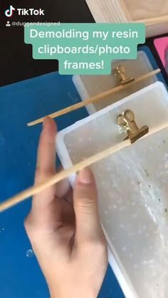 Epoxy Resin Art, Diy Resin Art, Diy Resin Crafts, Diy Crafts Hacks, Acrylic Resin, Resin Molds, Diy And Crafts, Silicone Molds, Resin Tutorial