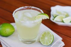 The Kitchen is My Playground: Top Shelf Margarita {without breaking the bank}