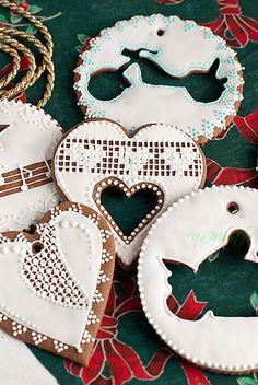Lukrowanie pierniczków | Na Miotle Diy And Crafts, Cooking Recipes, Cookies, Desserts, Food, Crack Crackers, Tailgate Desserts, Deserts, Chef Recipes