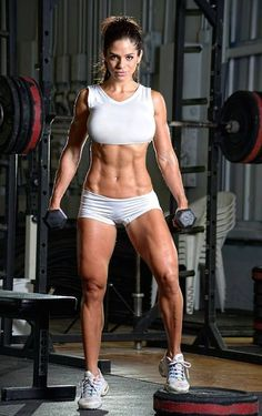 Fitness model, Michelle Lewin in the gym...
