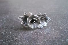 Unique handmade sterling silver rose ring   #silversongjewellery #handmade #proudlysouthafrican #rosering #jewellery #jewelry Handmade Silver Jewellery, Handmade Sterling Silver, Silver Jewelry, Silver Roses, Unique, Rings, Silver Decorations, Ring, Handmade Silver