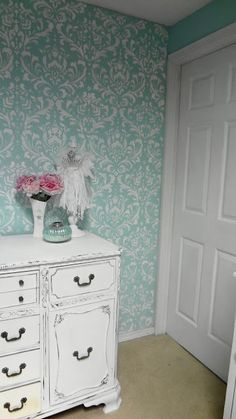anna damask stencil from cutting edge stencils  For the love of white: My First Stenciled Wall