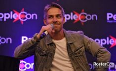 Sean Maguire, Once Upon A Time, Robin, Fictional Characters, Short Stories, Modern Living, Fantasy Characters, Ouat, European Robin