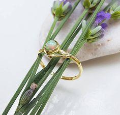 J.Trimay / Opal twig