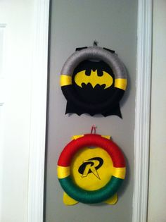Batman & Robin wreath