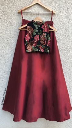 Indian Fashion Dresses, Indian Bridal Outfits, Indian Gowns Dresses, Dress Indian Style, Indian Designer Outfits, Fashion Outfits, Party Wear Lehenga, Bridal Lehenga, Designer Party Wear Dresses