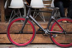 Vanhawks Valour Connected Bike https://www.kickstarter.com/projects/1931822269/vanhawks-valour-first-ever-connected-carbon-fibre #bike