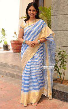 Gayatri Bhargavi. Indian Beauty Saree, Indian Sarees, Cinema Actress, Indian Textiles, Half Saree, Handloom Saree, Saree Styles, Blouse Patterns, Saree Collection