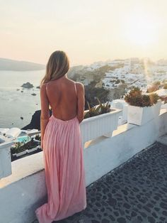 Tips to create the perfect European Honeymoon in 2019 - Dunctopia Santorini Honeymoon, Greece Honeymoon, Santorini Greece, Greece Culture, European Honeymoons, Greece Fashion, Greece Holiday, Travel Workout, Photography For Sale