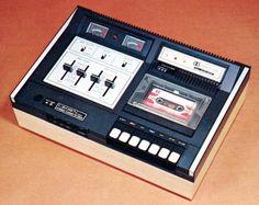 CROWN CTD-1500 - www.remix-numerisation.fr - Rendez vos souvenirs durables ! - Sauvegarde - Transfert - Copie - Digitalisation - Restauration de bande magnétique Audio - MiniDisc - Cassette Audio et Cassette VHS - VHSC - SVHSC - Video8 - Hi8 - Digital8 - MiniDv - Laserdisc - Bobine fil d'acier - Micro-cassette - Digitalisation audio - Elcaset