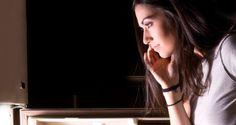 Tips to Avoid Eating Late Night Snacks http://www.healthdigezt.com/tips-to-avoid-eating-late-night-snacks/