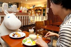 Anti loneliness cafe in Japan