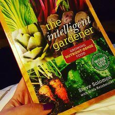 A bit of bed time reading. #theintelligentgardener #growyourown #gardening #vegetablegarden #allotment #polytunnel #greenhouse #veggiepatch #veggiegarden #hydroponics #Aylesbury #growyourownfood #growwhatyoueat #eatwhatyougrow