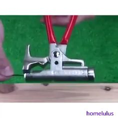 The video consists of 23 Christmas craft ideas. Homemade Tools, Diy Tools, Hand Tools, Gadgets And Gizmos, Cool Gadgets, Garage Tools, Cool Inventions, Useful Life Hacks, Tool Storage