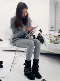 padding boots for winter Gong Hyo Jin, Keep It Classy, Winter Boots, Her Style, Ready To Wear, Vintage Fashion, Celebs, Actresses, How To Wear