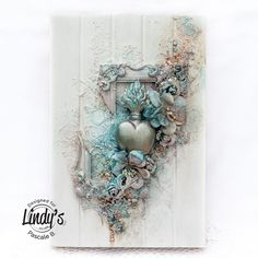 Flaming Heart with Pascale - Lindy's Gang Altered Canvas, Altered Art, Altered Tins, Mixed Media Canvas, Mixed Media Art, Art Altéré, Mixed Media Scrapbooking, Arts And Crafts, Paper Crafts