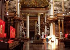 Austrian National Library-in Vienna, completed in one of the 10 most beautiful libraries in the world. Has four museums - in the Hofburg Palace World's Most Beautiful, Beautiful Places, Amazing Places, Ville New York, 400 M, Beautiful Library, The Atlas, College Library, Library Images