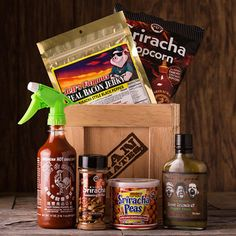 Now that the Sriracha Crate exists, if you're still complaining about the taste of food, the food may not be the problem. Bacon Jerky, Fathersday Crafts, Man Crates, Father's Day Activities, Gift Baskets For Men, Spicy Recipes, Stuffed Green Peppers, Gifts For Dad, Man Gifts